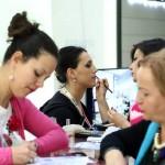 ФОТОГАЛЕРИЈА: Многу рози и внимание од Женскиот град за дамите