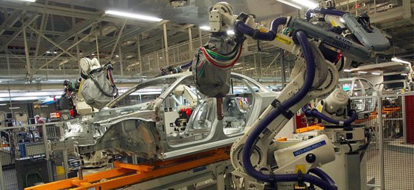 """Робот уби човек во фабрика на """"Фолксваген"""""""