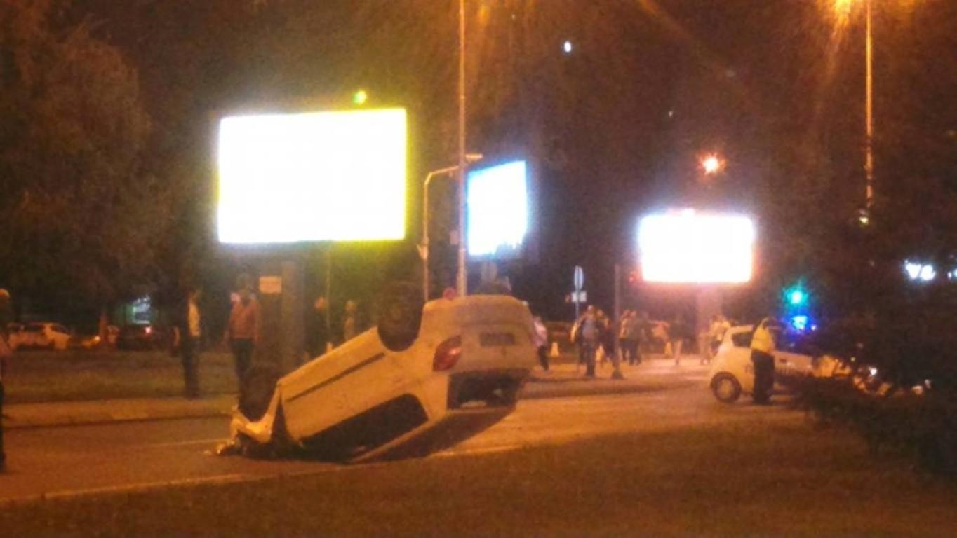 Сообраќајна несреќа во скопски Аеродром: Сакајќи да избегне удар во дете се превртил на кров