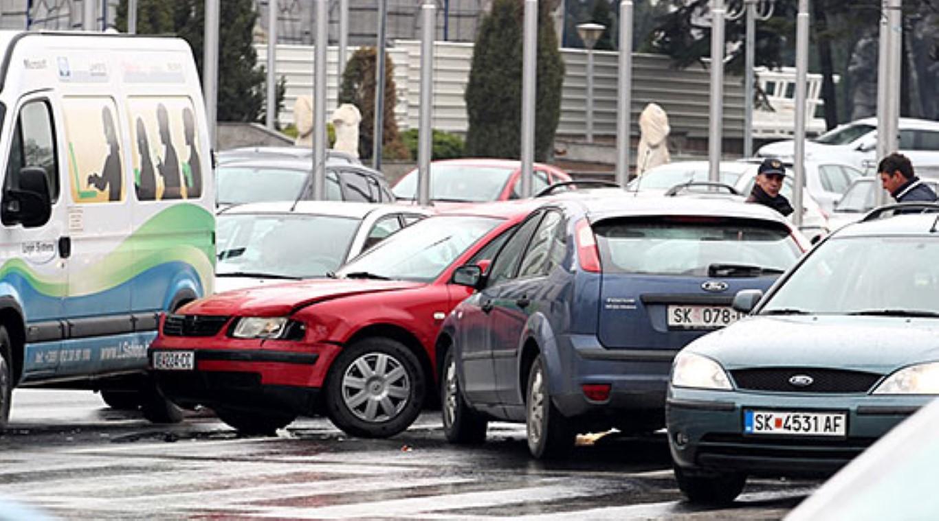 За продолжениот викенд 40 сообраќајки во Скопје