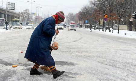 Зимската служба на Град Скопје подготвена за снегот