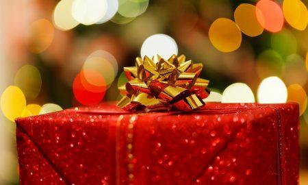 Шест миризливи предлози за совршен новогодишен подарок!