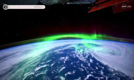 Ретка снимка на поларната светлина од Вселената (ВИДЕО)
