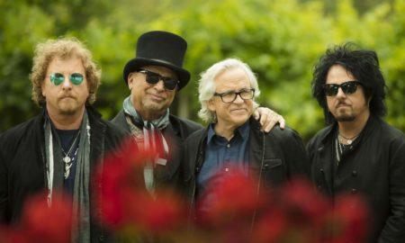 Американските рок легенди ТОТО ќе настапуваат во Скопје