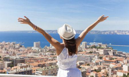 Кои народи трошат најмногу пари на патување?