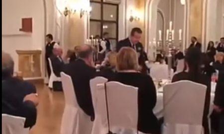 Дачиќ му запеа на турски на Ердоган, доби и бакшиш (ВИДЕО)